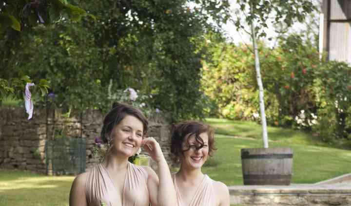Bridesmaids - Cotswold Weddings