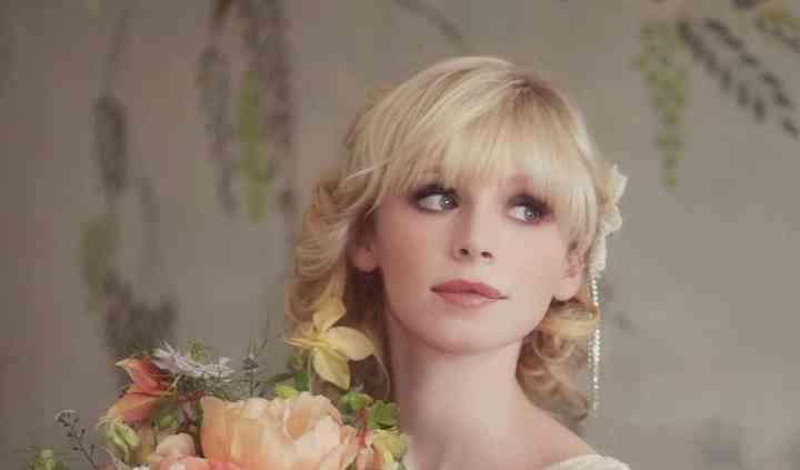Laura Hingston Flowers