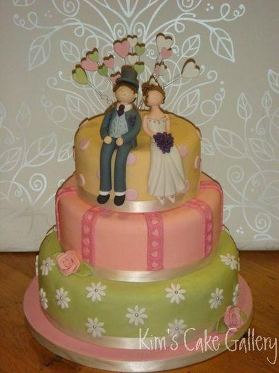 Daisy Hearts Wedding Cake