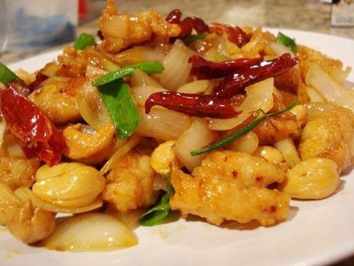 Stir-fried Chicken and Cashew