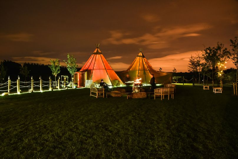 Night time tipi's