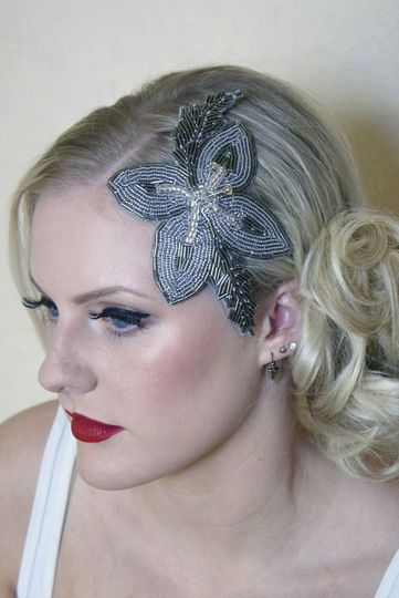 Lilly hair comb