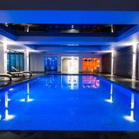 Lakeview Spa Indoor Pool