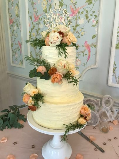 Buttercream & Fresh Flowers
