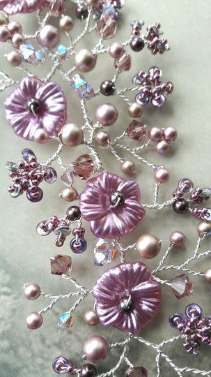 Mauve lilac blossom hair vine