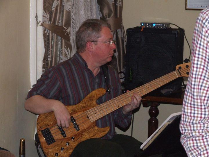 Dave / Bass