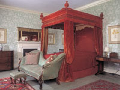 Forde Abbey bridal suite