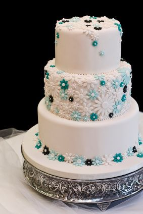Aqua Themed Wedding Cake