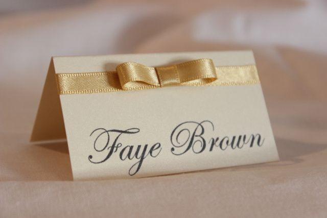 Bow place card