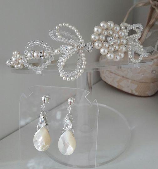 Madeleine tiara & earrings