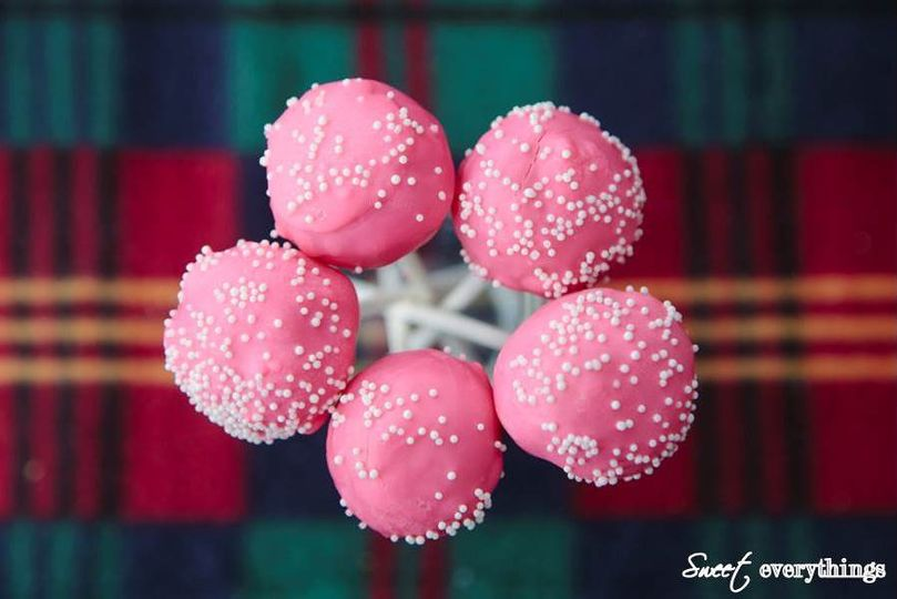 Pretty pink LolliCake Pops