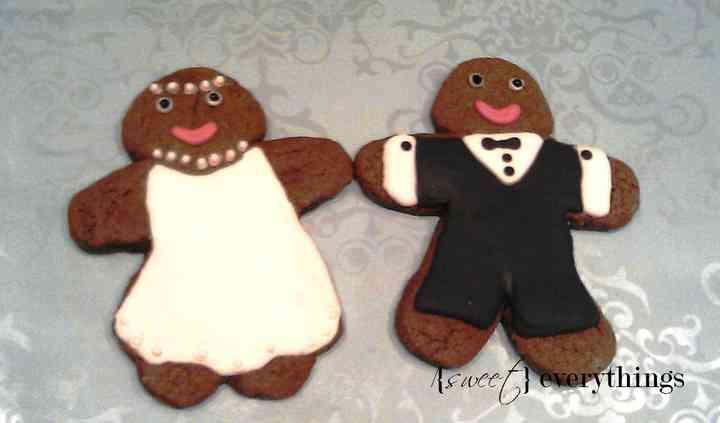 His ' n' hers gingerbread folk
