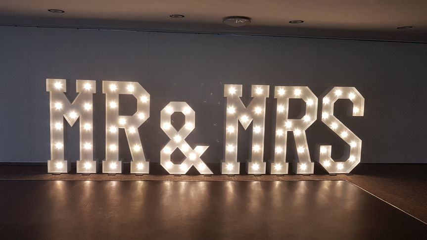 5ft Mr & Mrs