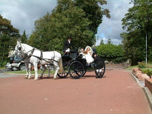 Blundells Hill weddings