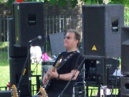 Paul Graham, Chill's guitarist