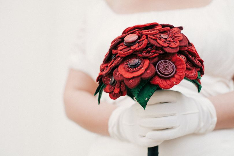 Red embroidered bouquet
