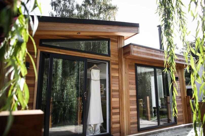 Cedar Cabin in the Willows