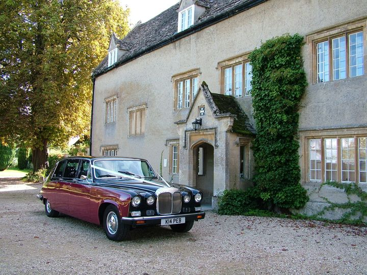 Stunning Daimler DS420 as favoured by Kate and William in April 2011 to transport their bridesmaids