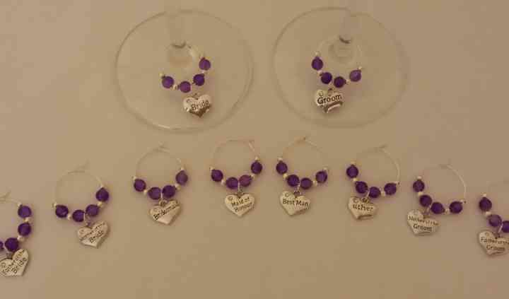 Top table glass charms