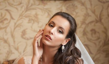Devoted Bridal Hair & Extensions 1