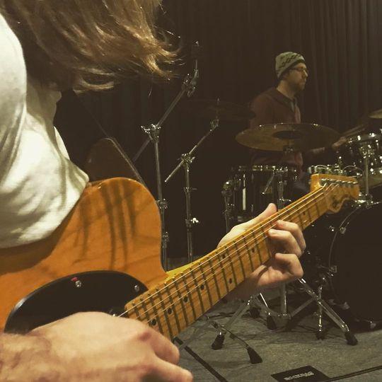 Kyle guitarist