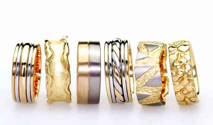 Bespoke men's wedding rings