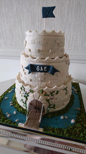 Tremendous White Hyacinth Cake Design Funny Birthday Cards Online Benoljebrpdamsfinfo