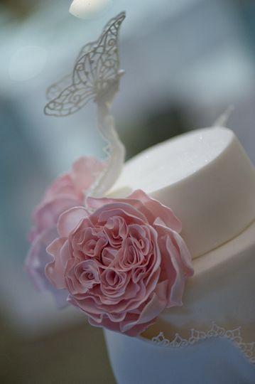 Signature sugar roses