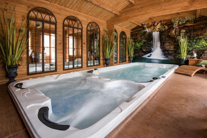 Indoor Luxury Spa & Pool