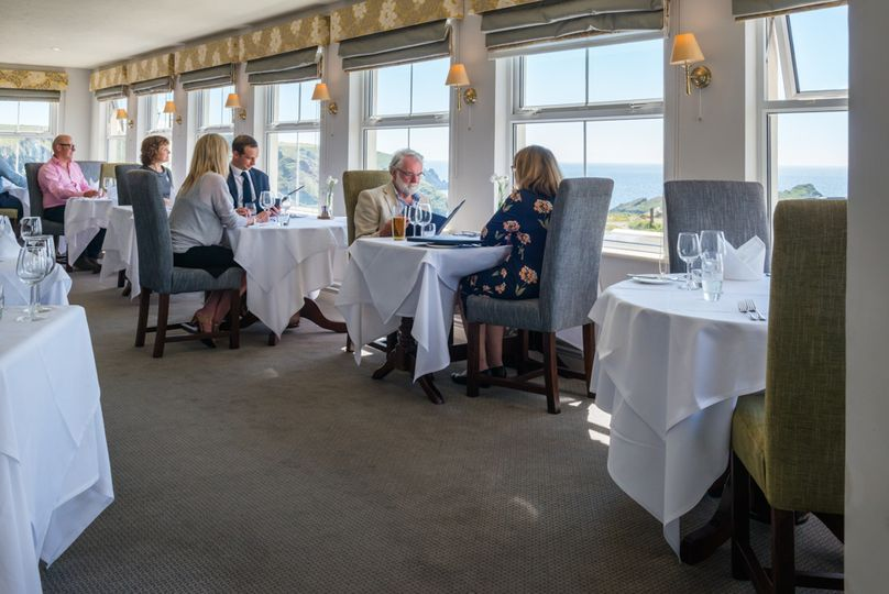 Sea View Dining for up to 40 G