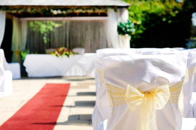 Outdoor weddings at careys