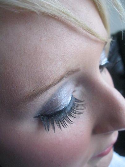 Vie Wedding Make Up