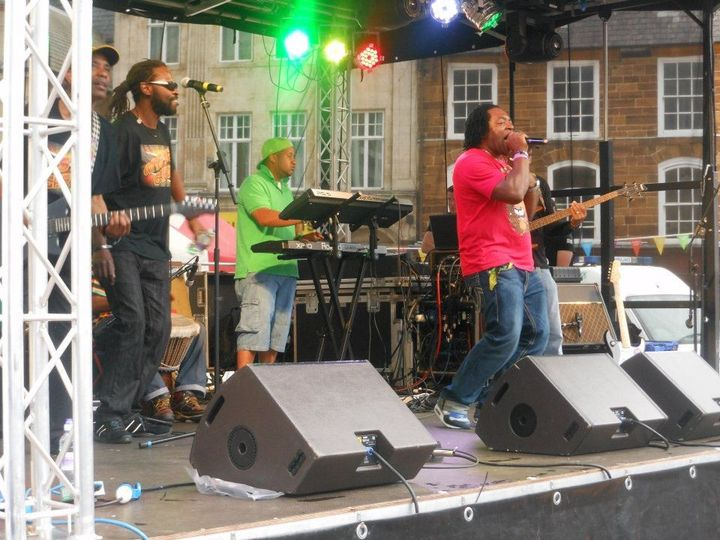 Reggae Band live- Direct