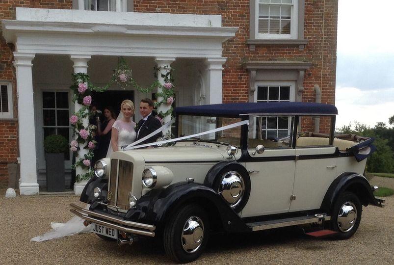 Linara Classic Wedding Cars
