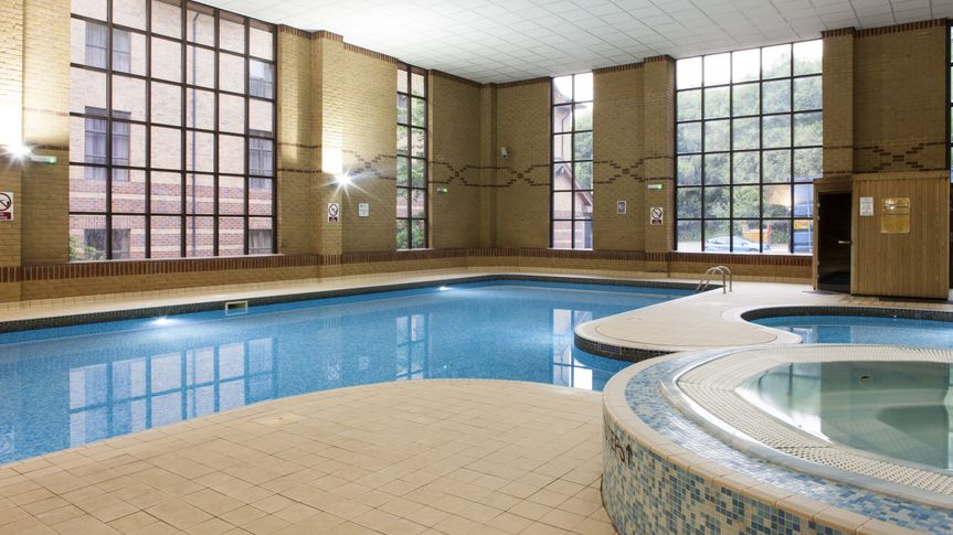Holiday inn rotherham sheffield - Gyms in rotherham with swimming pools ...