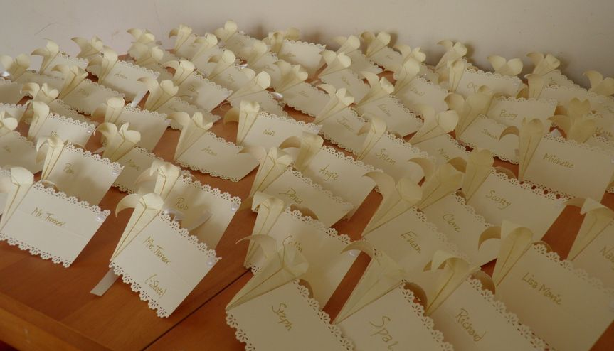 Ivory favours/nameplaces©