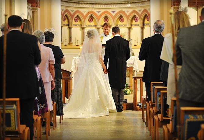 110 guests greeted the couple in their Parish Church, Photo © Daniel Jarvis, Studio Image