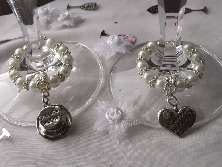 Top Table Charm Set