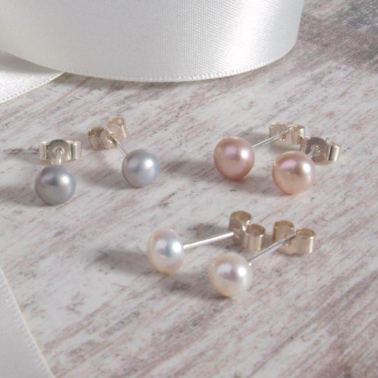 Pastel pearl earrings