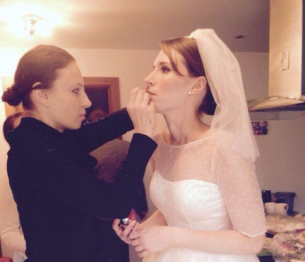 FTMakeup doing Makeup
