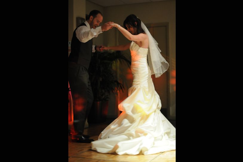 Katie and Andy - the first dance!