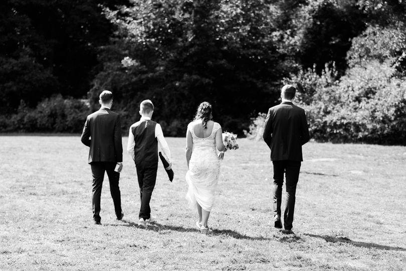 Journalistic wedding photos