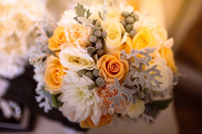 Bouquets bursting with color
