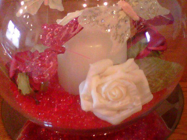Red and White Table Decoration