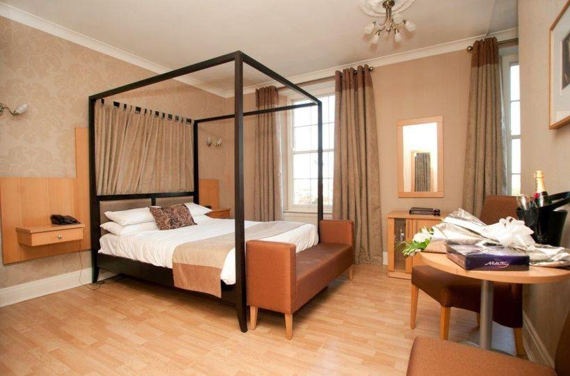 Luxury bedroom - 202