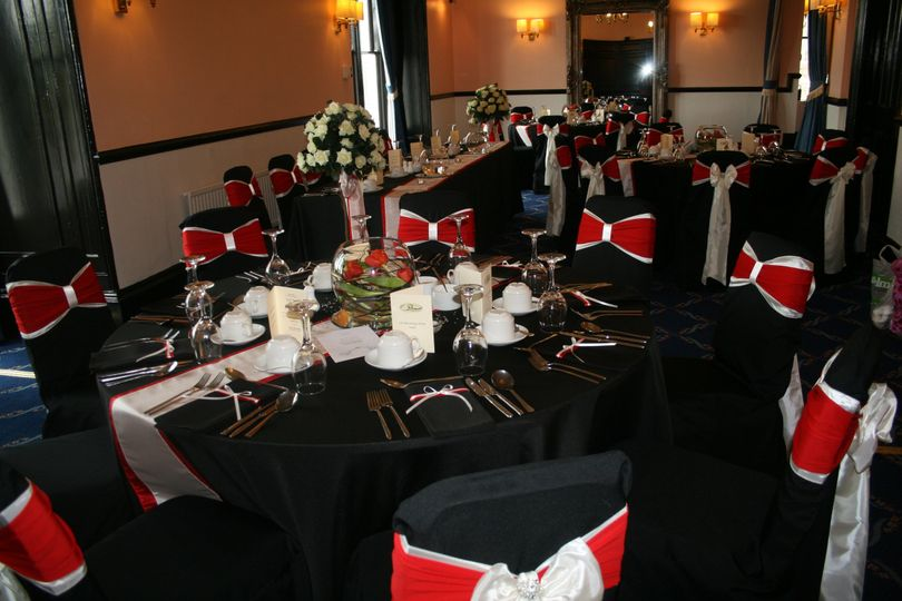 Black linen with ivory and red