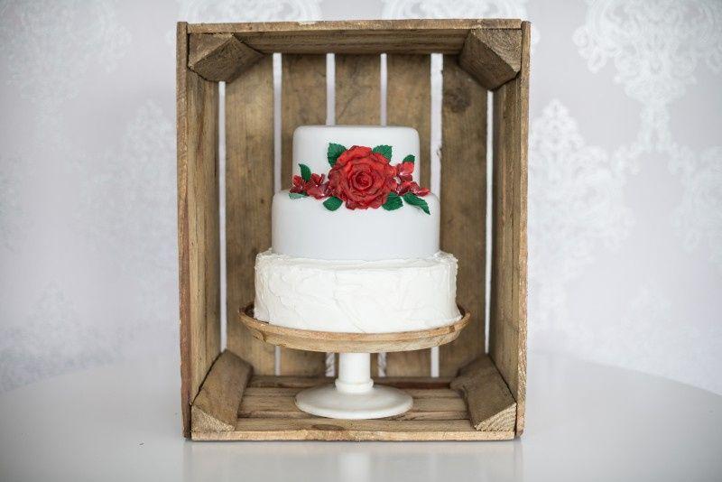 Festive Wedding Cakes