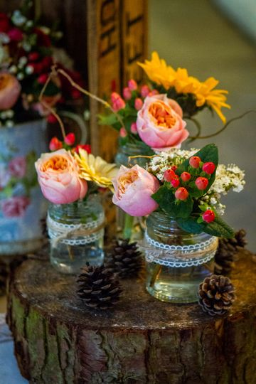 Jam jar arrangements