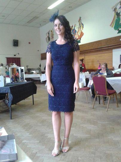 Model Lisa - Lace dress