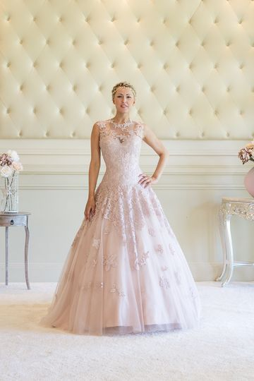 Victoria Kay Gowns